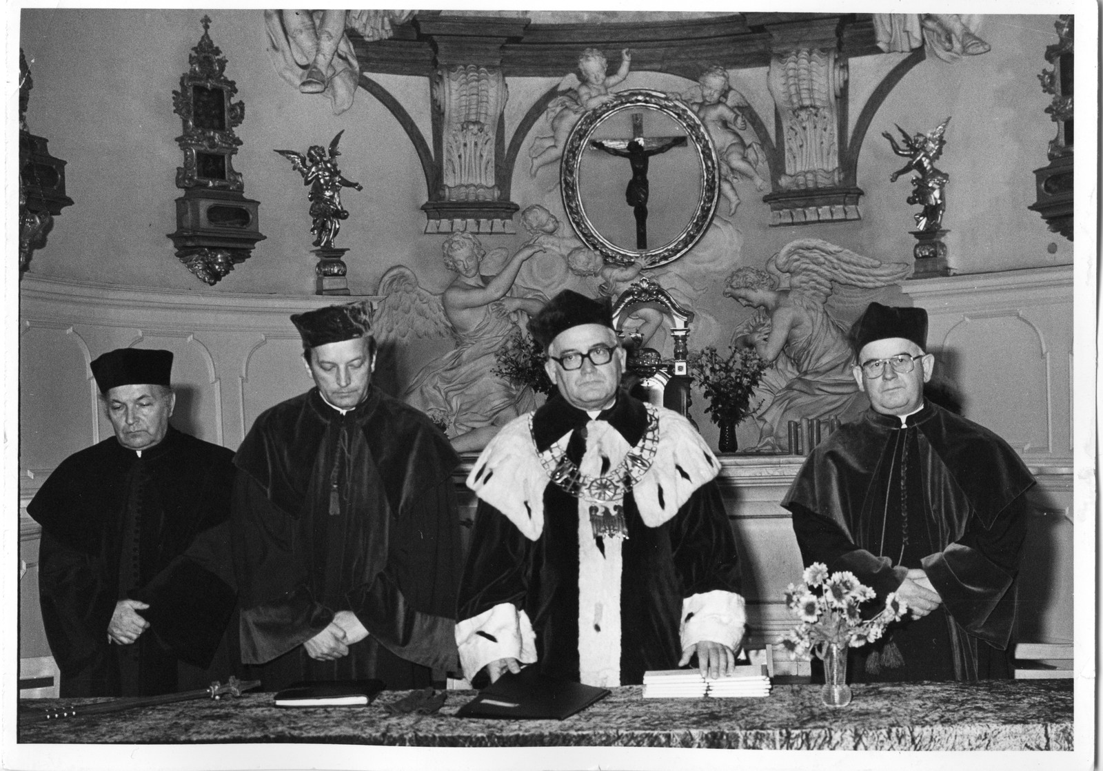 Sesja inauguracyjna w kościele NMP na Bielanach