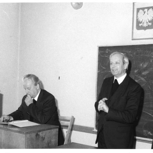 Ks. prof. Helmut Juros w roli tłumacza wykładu prof. Franka Petera Sonntaga z NRD