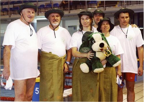 Sztafeta pływacka VI miejsce UKSW